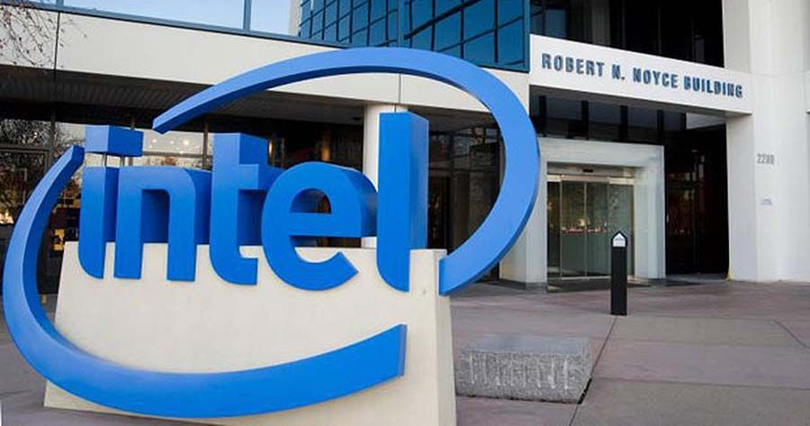 Iranian-born Intel vice president denounces executive order