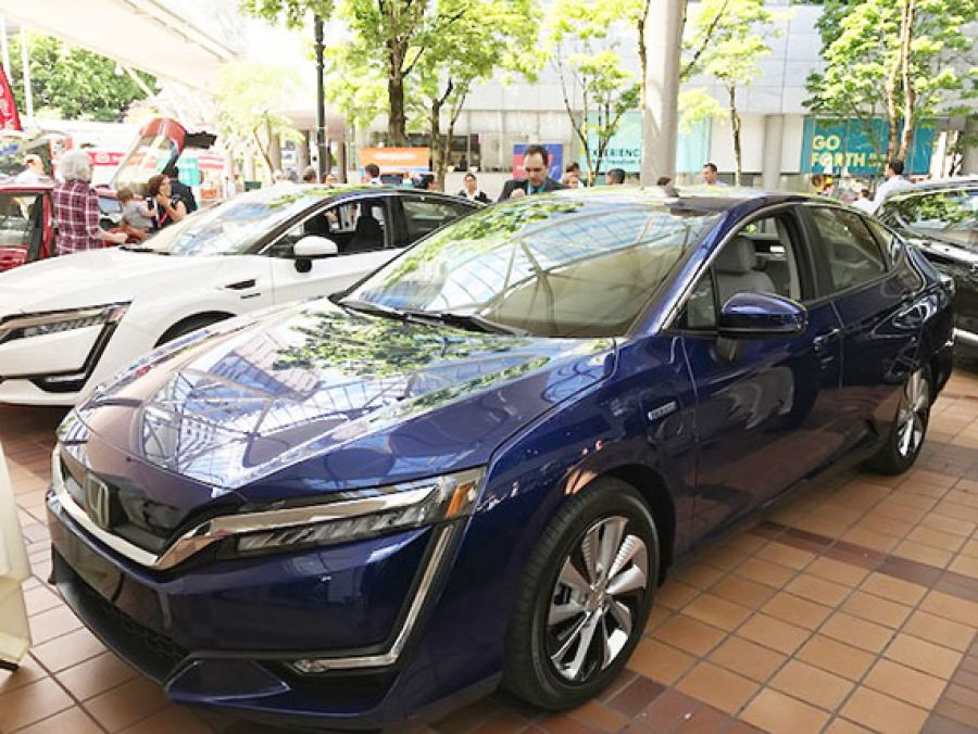 EV conference outgrows space, attendance doubles
