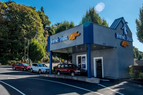 Dutch Bros shop in Oregon City