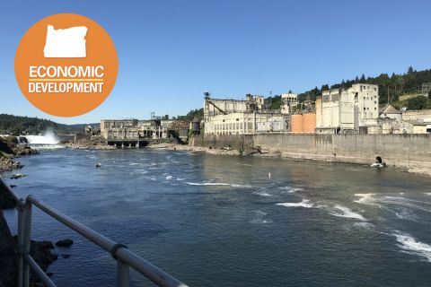 The Willamette Falls redevelopment plan would revive an industrial site with an interpretive trail and viewing platform