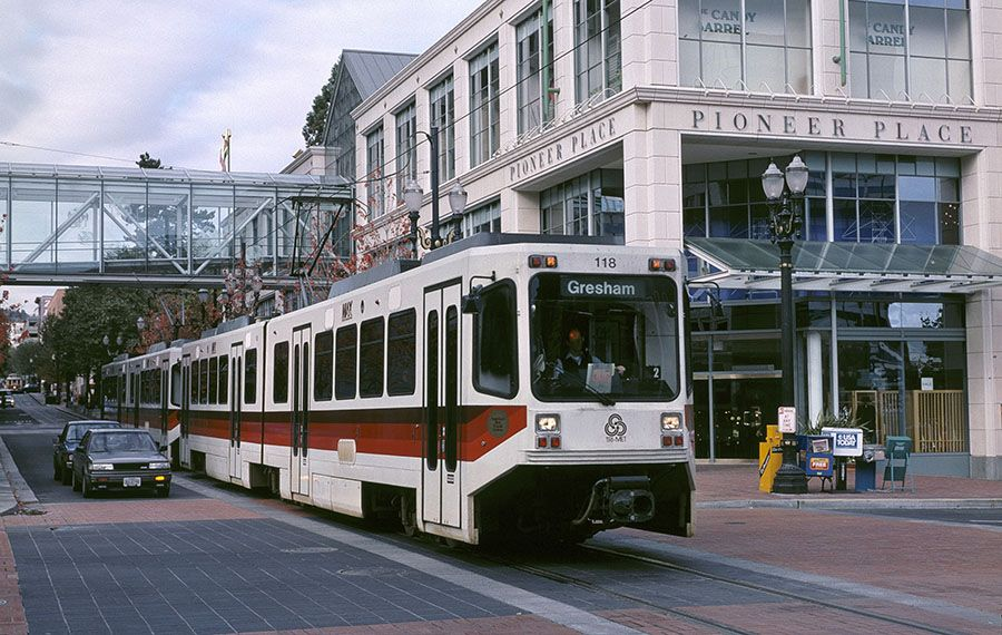 No sweat: Why light rail doesn't buckle in cities far hotter than Portland