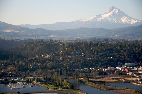 Expedia muscles in on Hood River short term rental debate